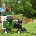 Mighty Mac Hammermill Shredder Chipper 12P - chipping large stump